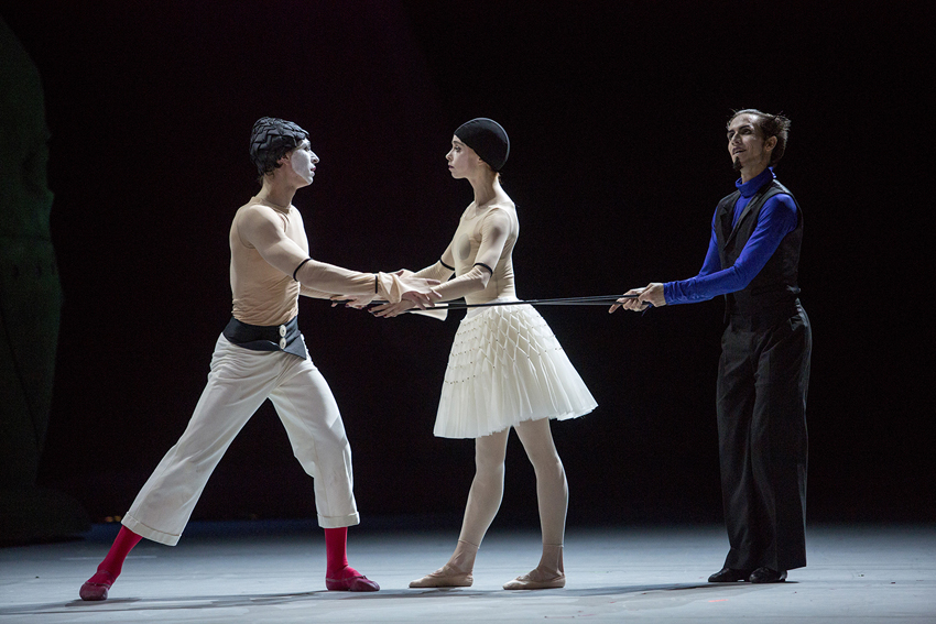 Denis Savin as Petrushka.Ekaterina Krysanova as Ballerina.Georgy Gusev as Charlatan.Photo by Elena Fetisova/ Bolshoi Theatre.