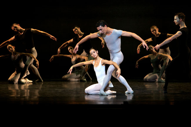 Scottish Ballet in MacMillans Song of the Earth. Photographer Andrew Ross